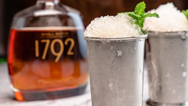 1792 small batch bourbon with ice