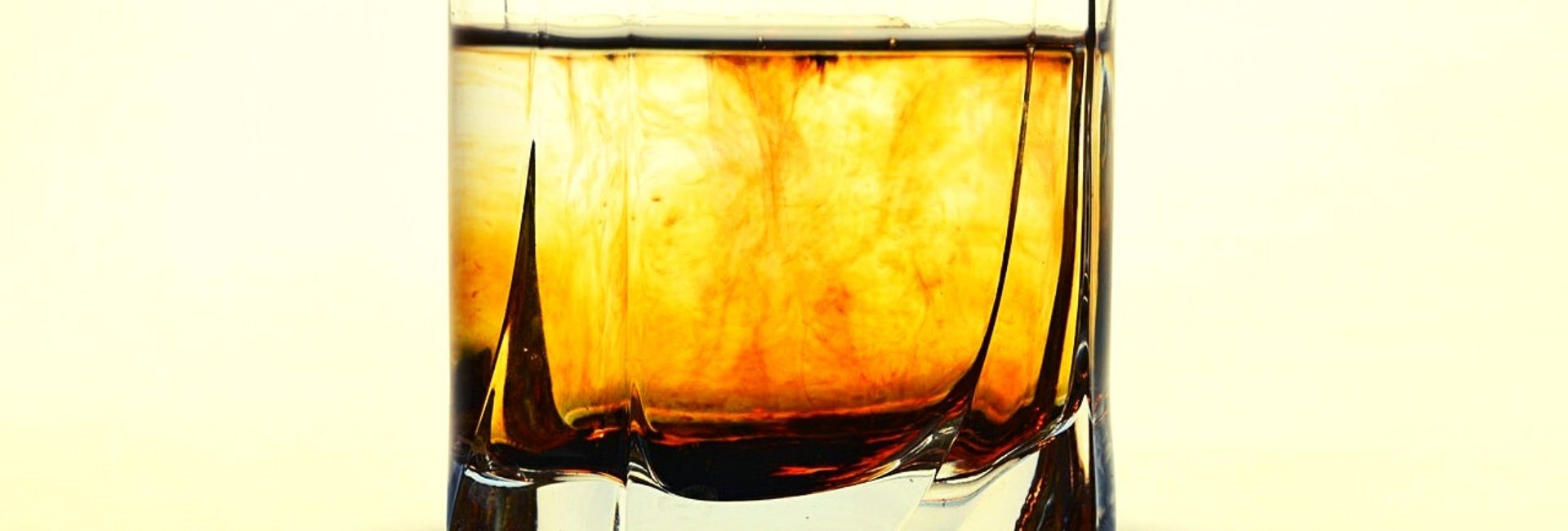 Blended Whiskey: Types, the history & more